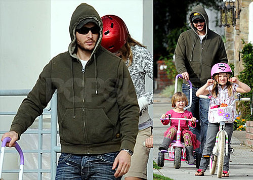 Photos of Peter Facinelli With His Daughters on Bikes in LA