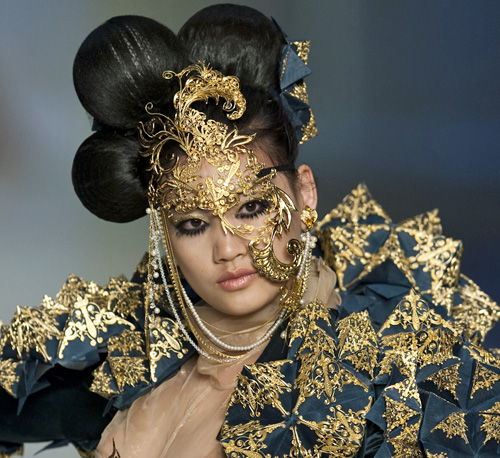 10 Wild and Weird Looks From Hong Kong Fashion Week