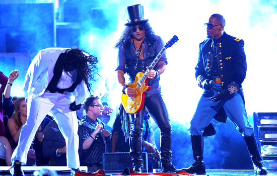"""""""Blame It"""" With Jamie Foxx, T-Pain, and Slash"""