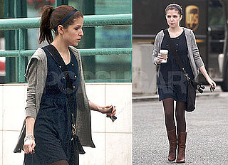 Photos of Oscar-Nominated Anna Kendrick of Up in The Air Running Errands in the LA Rain