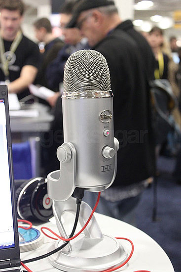 Photos of Blue Microphones at Macworld 2010