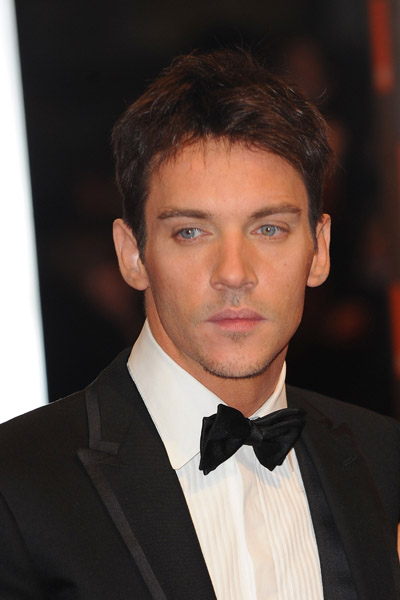 Photos of Men on BAFTA 2010 Red Carpet