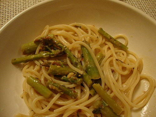 Pasta with Asparagus and Lemon Sauce