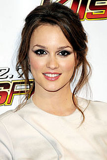 Leighton Meester to Star Opposite Hugh Laurie in Indie Drama Comedy The Oranges 2010-02-26 10:30:16