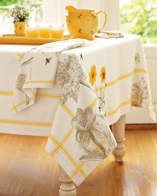 Botanical Bee Tablecloth