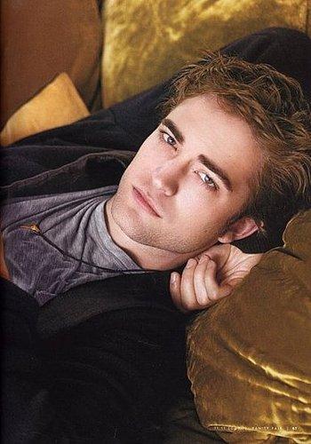 All of us who love Robert Pattinson