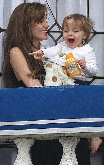 Photos of Knox Jolie-Pitt 2010-03-25 12:27:26