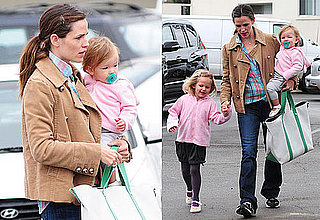 Pictures of Jennifer Garner With Seraphina And Violet in LA