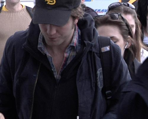 Robert Pattinson and Kristen Stewart: Budapest Jet Setters