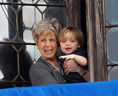 Knox Returns to the Balcony with Grandma Pitt