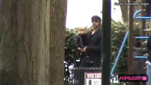 Video of Brad Pitt and His Kids at a Park in Italy 2010-04-20 10:16:01