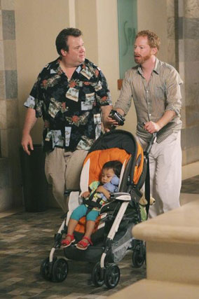 Modern Family Heads to Hawaii