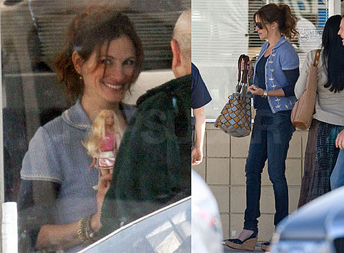 Pictures of Julia Roberts on the Set of Larry Crowne in LA