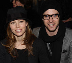 Justin Timberlake and Jessica Biel Cuddle up at a Timbaland Show