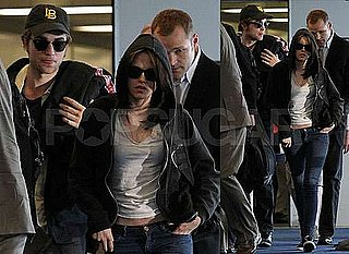 Pictures of Robert Pattinson and Kristen Stewart Together at LAX After Oprah Appearance in Chicago