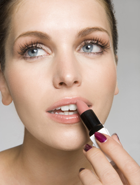 How to Prevent Lipstick From Feathering
