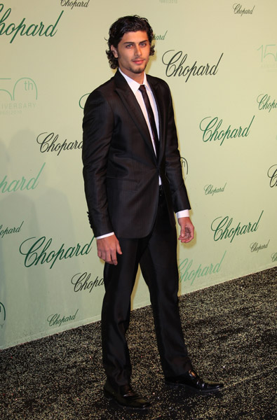 Jesus Luz looked super dapper in a slick suit and skinny tie at Chopard's party.