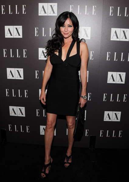 Shannen Doherty looked super sexy in her LBD.