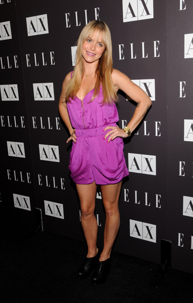 Taryn Manning worked a purple romper like a pro.