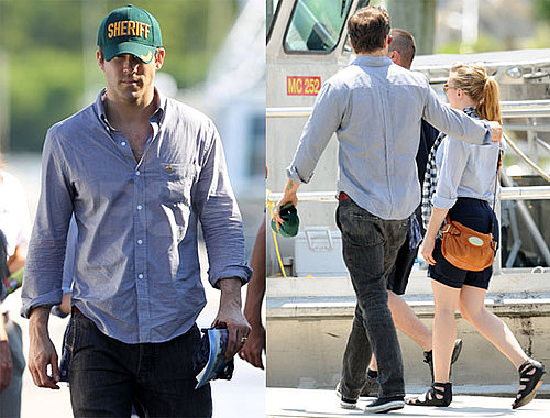 Pictures of Ryan Reynolds and Scarlett Johansson Visiting the Oil Spill in Louisiana