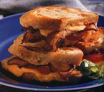 Grilled Cheddar, Tomato, and Bacon Sandwich Recipe