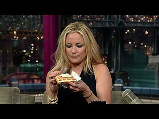 Kate Hudson Eats Waffles and Counts Calories on David Letterman