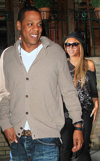 Jay-Z stepped out with Beyonce Knowles for a romantic dinner at Pepolino Ristorante in New York City
