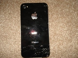 Smashed iPhone 4 Pictures