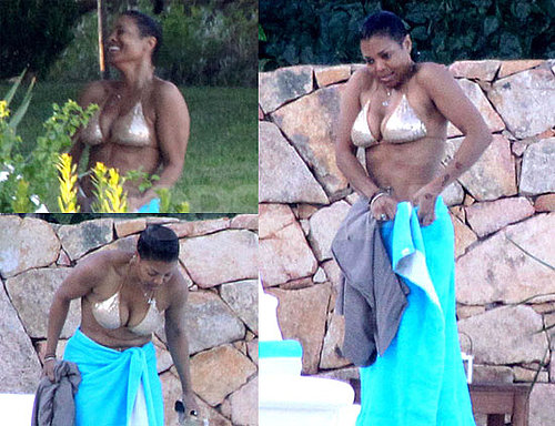 Pictures of Janet Jackson in Bikini in Italy