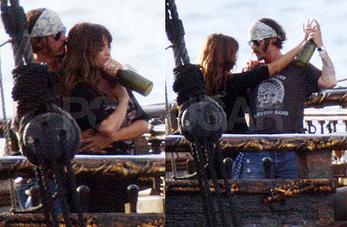 Pictures of Johnny Depp and Penelope Cruz in Hawaii Filming Pirates of the Caribbean