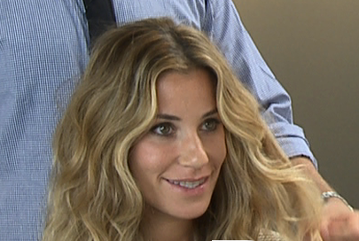 How to Create Hair With Beachy Waves
