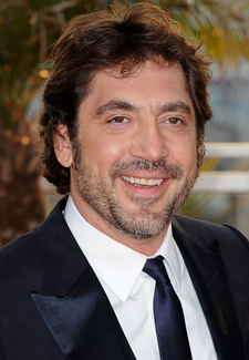 Javier Bardem talks About Julia Roberts and shooting Eat Pray Love