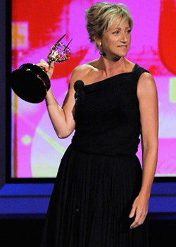 Edie Falco Wins the Emmy For Outstanding Lead Actress in a Comedy For Nurse Jackie 2010-08-29 17:54:16