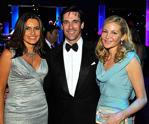 Jon Hamm, Jennifer Westfeldt, and Mariska Hargitay partied together at the Governor's Ball in 2009.
