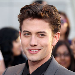 Jackson Rathbone Joins No Ordinary Family