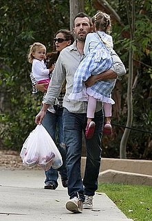 Pictures of Jennifer Garner With Violet and Seraphina at the Guggenheim Before Meeting Ben at the LA Farmer's Market
