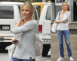 Pictures of Cameron Diaz Going Casual as She Hails a Cab in NYC