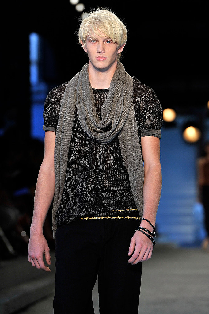 2011 Spring New York Fashion Week: EDUN