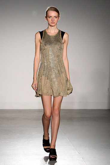 2011 Spring New York Fashion Week: Wayne