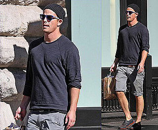 Pictures of Josh Hartnett Returning from the Toronto Film Festival and Stocking Up on Groceries in NYC