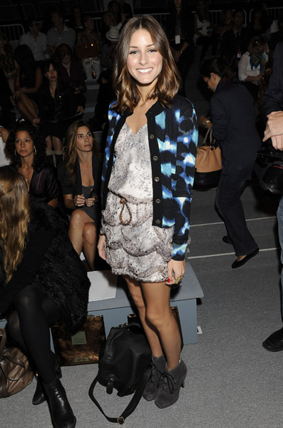 Olivia Palermo wore a bunch of gorgeous looks, one of them being this mixed prints style at Carlos Miele. Adore those Proenza Schouler booties.