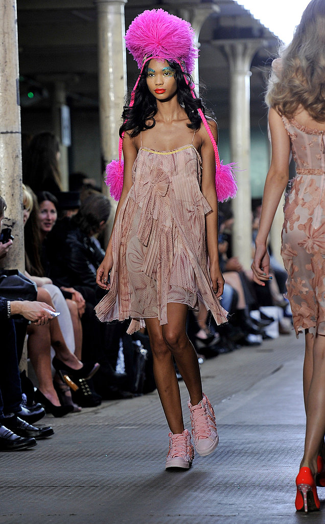 2011 Spring London Fashion Week: Giles