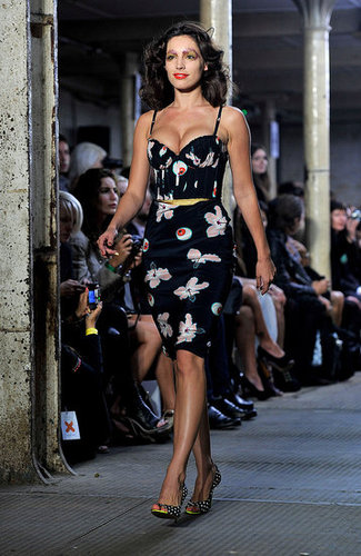 Spring 2011 London Fashion Week: Giles