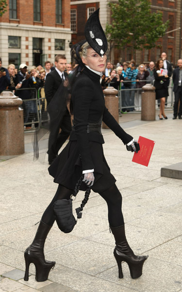 Daphne Guinness was the most avant-garde in her McQueen platform boots and Philip Treacy hat.