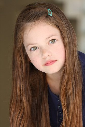 Mackenzie Foy to Play Renesmee in Twilight Breaking Dawn 2010-09-27 21:56:23