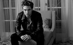 Robert Pattinson Black  White on News On Black   White   Beautiful At     Robert Pattinson Fans