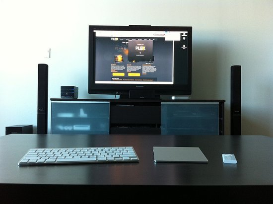 Photos of the Plex Mac Mini Set Up