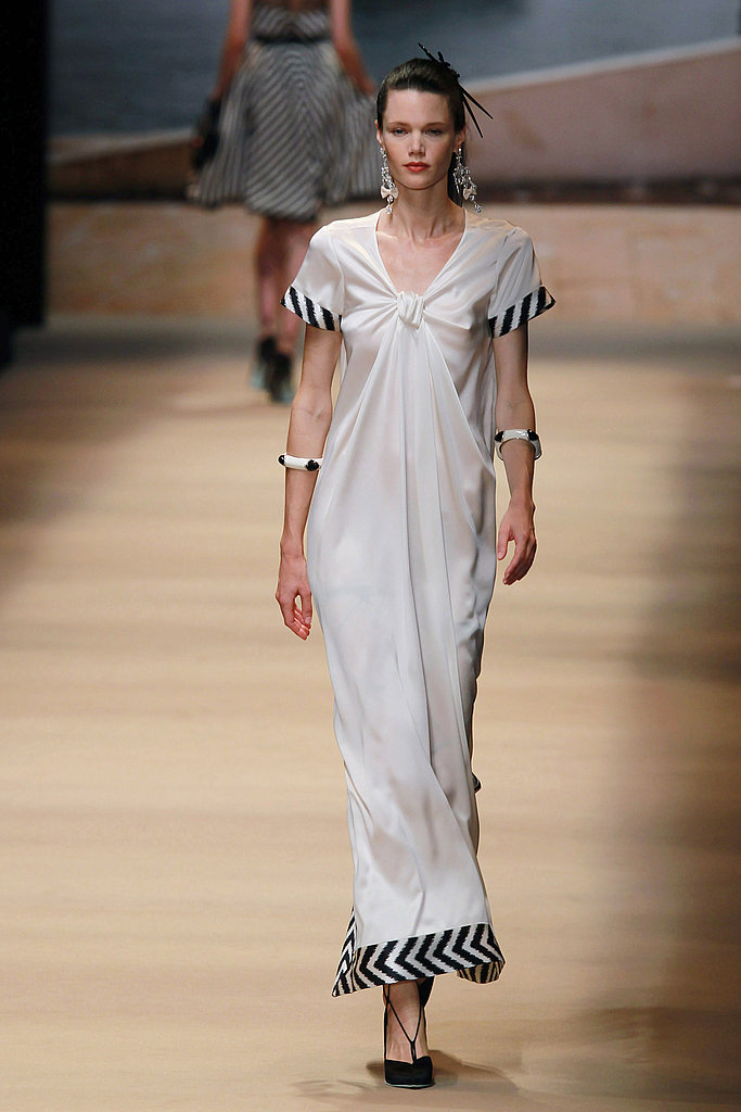 2011 Spring Paris Fashion Week: Alexis Mabille