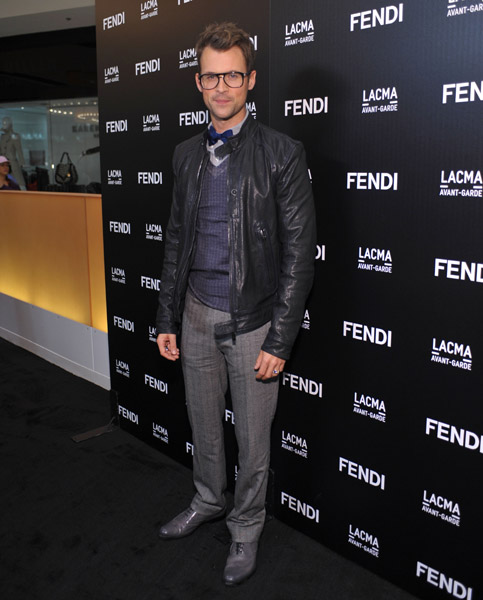 Brad Goreski always looks dapper, but this outfit is great for its colors — blue, black, gray, love!