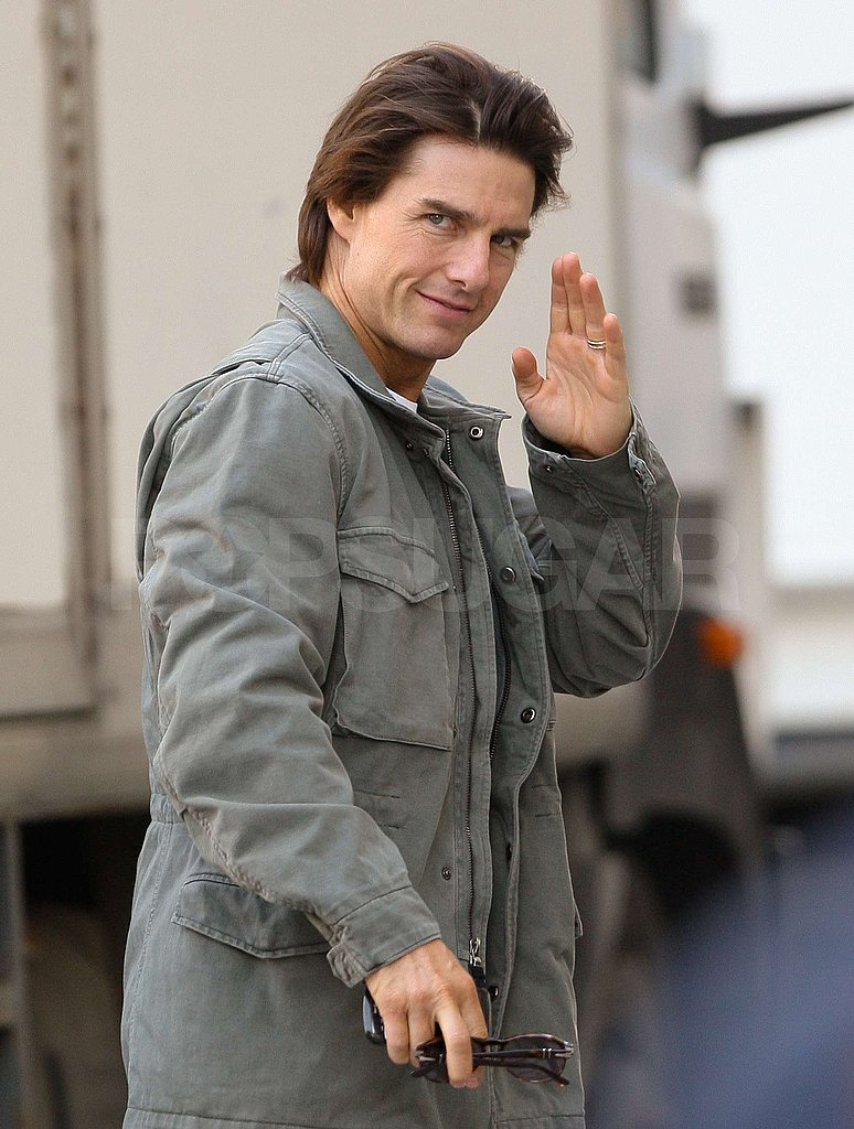 PIctures of Tom Cruise and Jeremy Renner